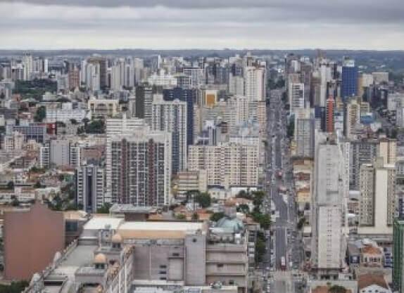 Bancos têm R$ 10 bilhões em imóveis retomados.