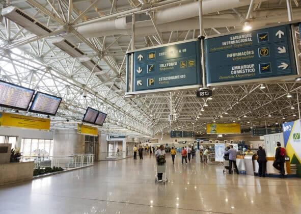 Direitos dos passageiros de companhias aéreas após mudanças aprovadas pela ANAC.