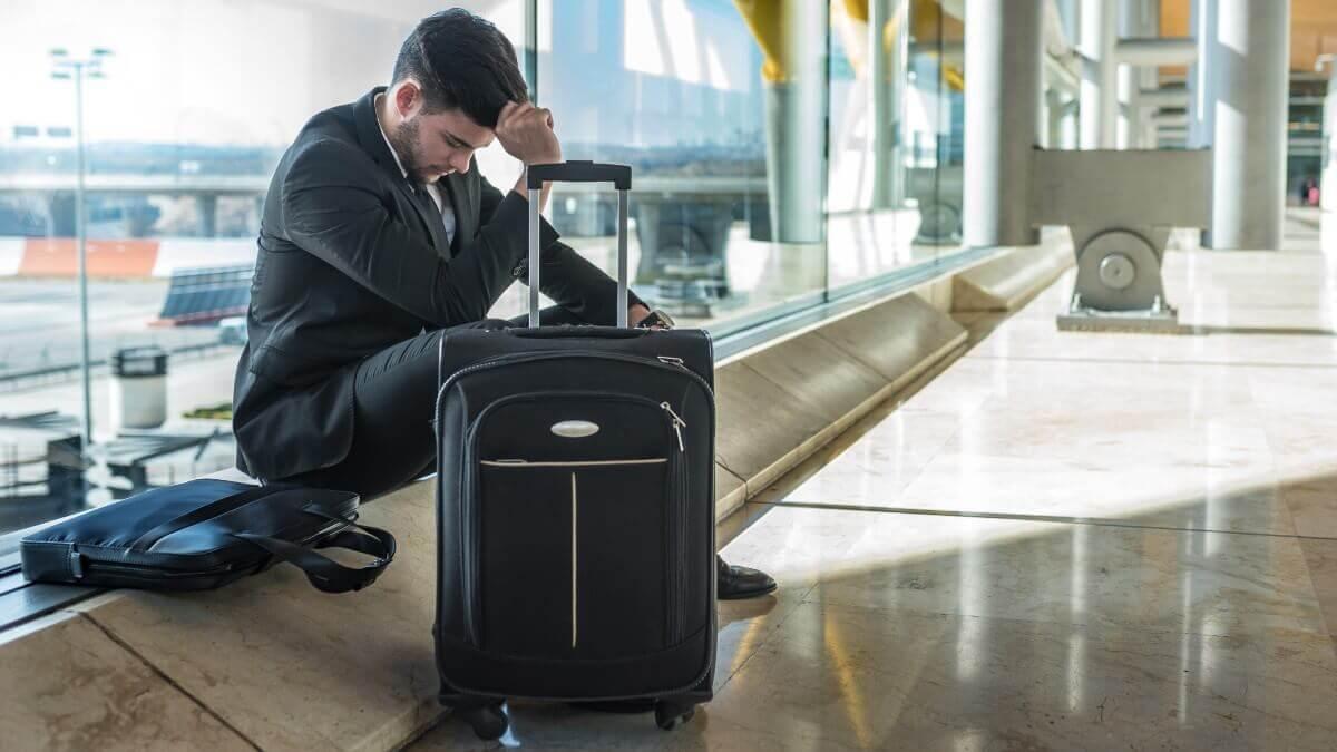 Atraso de voo e danos morais de R$ 15 mil