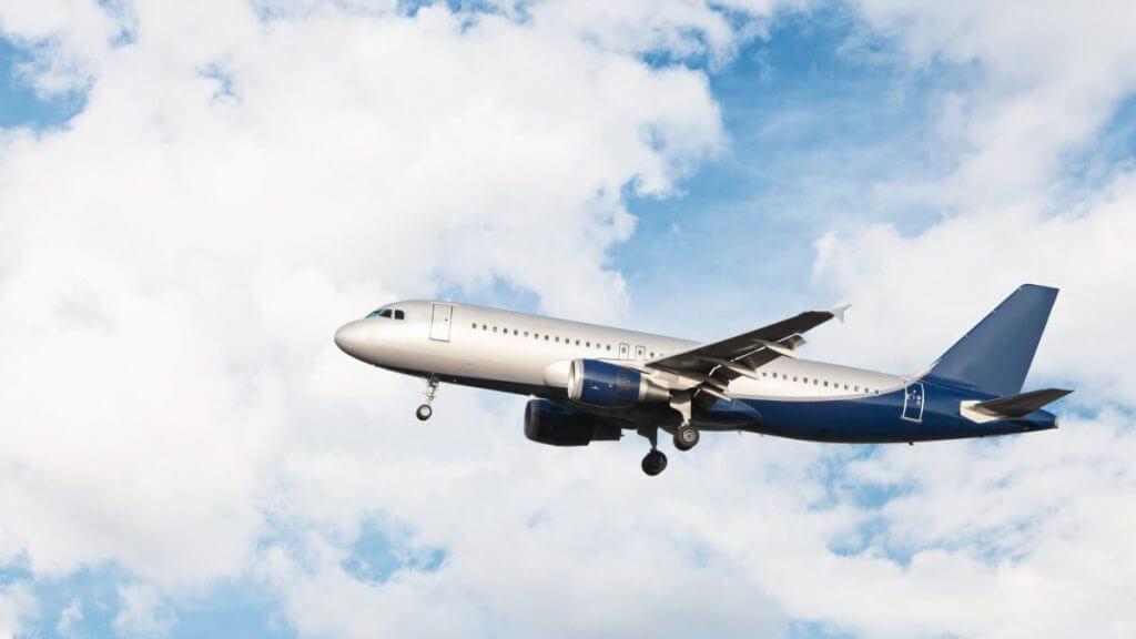 r20-mil-de-indenizacao-por-atraso-na-aterrissagem-e-perda-de-voo-de-conexao-3