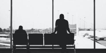 Atraso de voo por tráfego aéreo intenso: passageiros receberão R$20 mil por danos morais