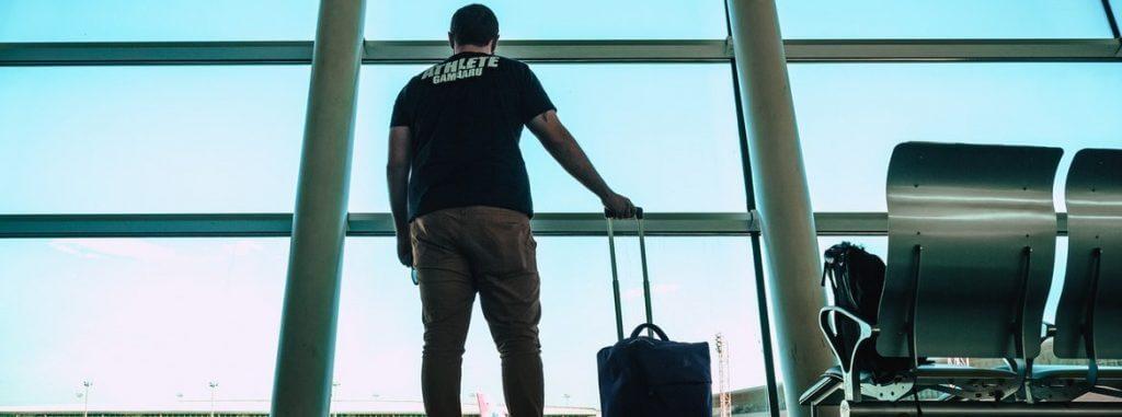 voo-cancelado-tribunal-reforma-sentenca-e-concede-r8-mil-de-danos-morais-2