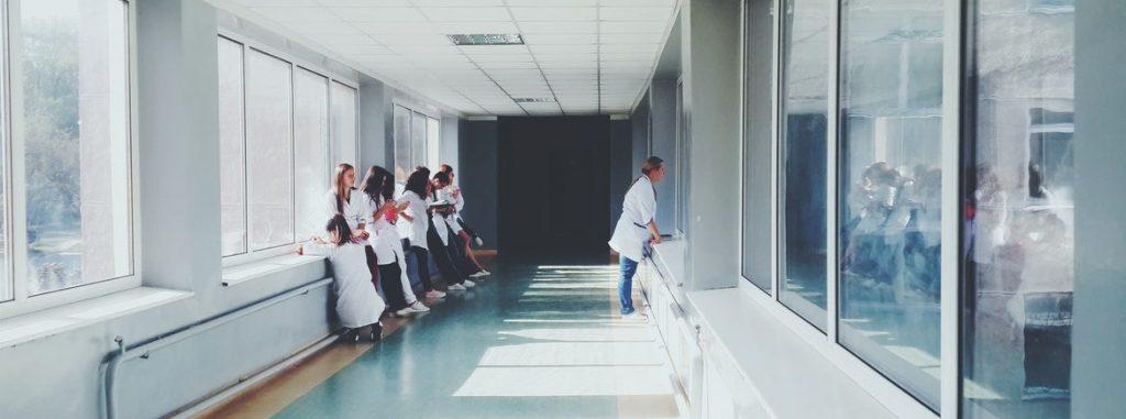 unimed-rio-deve-custear-tratamento-oncológico-fora-da-rede-credenciada-para-ex-segurada-da-golden-cross-3