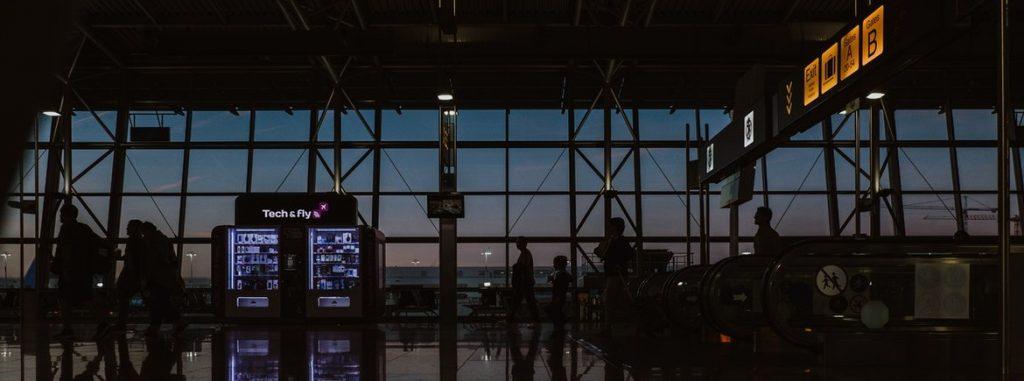 cancelamento-de-voo-durante-a-pandemia-r15-mil-para-passageiro-que-dormiu-no-aeroporto-3